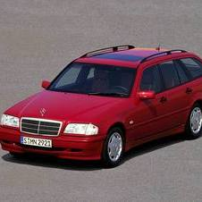 Mercedes-Benz C 230 KOMPRESSOR Station Wagon AT