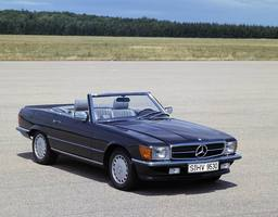 Mercedes-Benz 560 SL Automatic