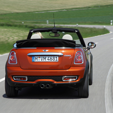 MINI (BMW) Cooper SD Convertible AT