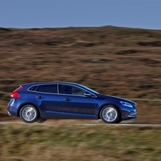 Volvo V40 D4 VED Kinetic Geartronic