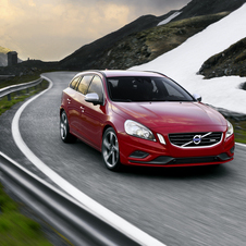 Volvo V60 2.0T R-Design Powershift