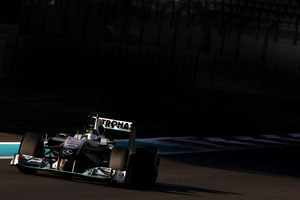 Williams an Mercedes GP to launch the new cars on February 1