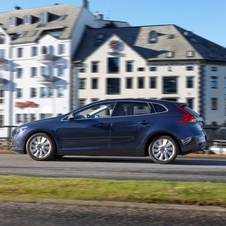 Volvo V40 D2 Summum Powershift