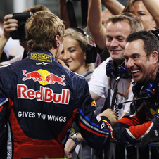 Vettel conquers 14th pole and equals Mansell record