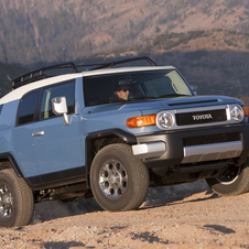 Toyota FJ Cruiser 4X4 AT