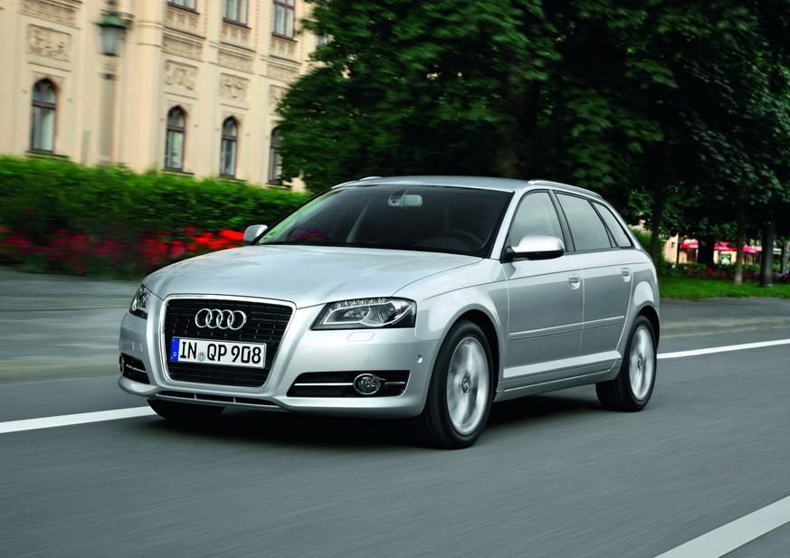 audi a3 sportback 1 4 tfsi attraction s tronic 1 photo and 11 specs. Black Bedroom Furniture Sets. Home Design Ideas