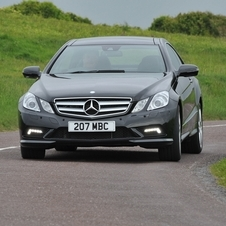Mercedes-Benz E 350 BlueEfficiency Coupé Avantgarde