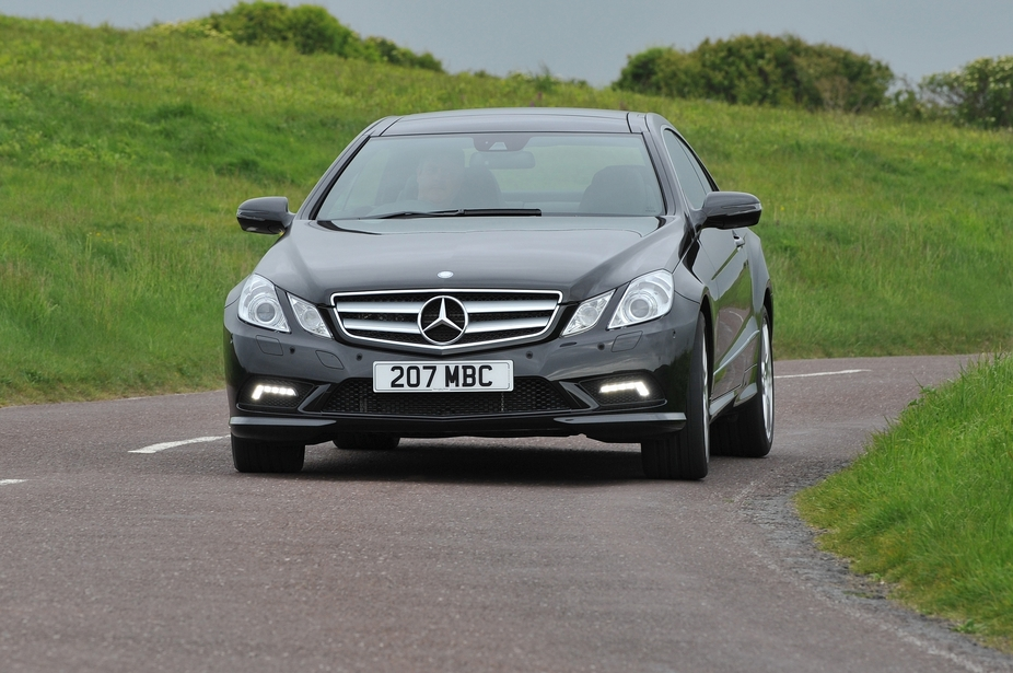 Mercedes-Benz E 350 BlueEfficiency Coupé Elegance
