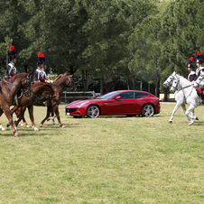 The 4th Mounted Carabinieri Regiment alongside the Ferraris