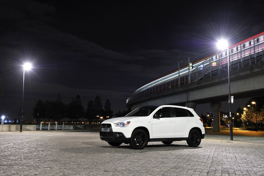 Mitsubishi Introduces Special Edition ASX Black to UK