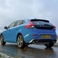 Volvo V40 T4 R-Design Summum