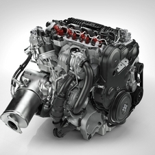 The diesel version has adaptive fuel pressure to improve throttle response and fuel economy