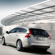 Volvo V60 T6 Momentum Geartronic