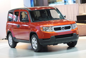 Honda Element LX 2WD 5-Spd AT