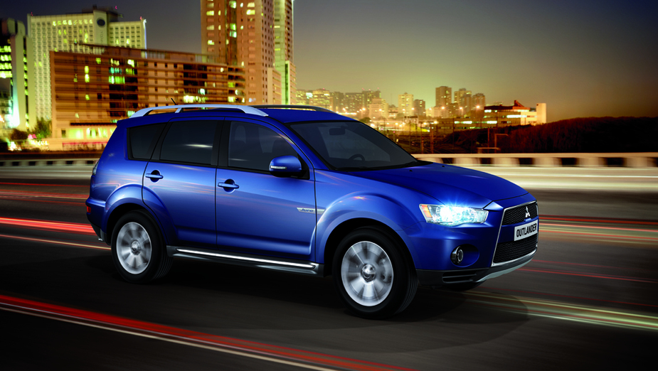mitsubishi outlander 2.2 di-d 4wd sst instyle 2 :: 1 photo and 59