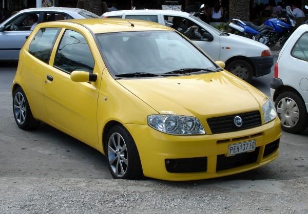... Fiat Punto 5-Porte 1.3 Multijet 16V Active (2003 since ... Arabam