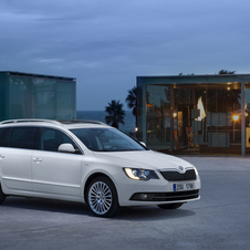 Skoda Superb Break 2.0 TDI DSG Laurin & Klement
