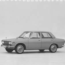 Nissan Bluebird 1300 DX