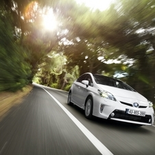 Toyota is planning a new generation of hybrids for 2015