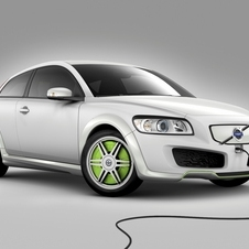 Volvo also experimented with EV and plug-in hybrid versions