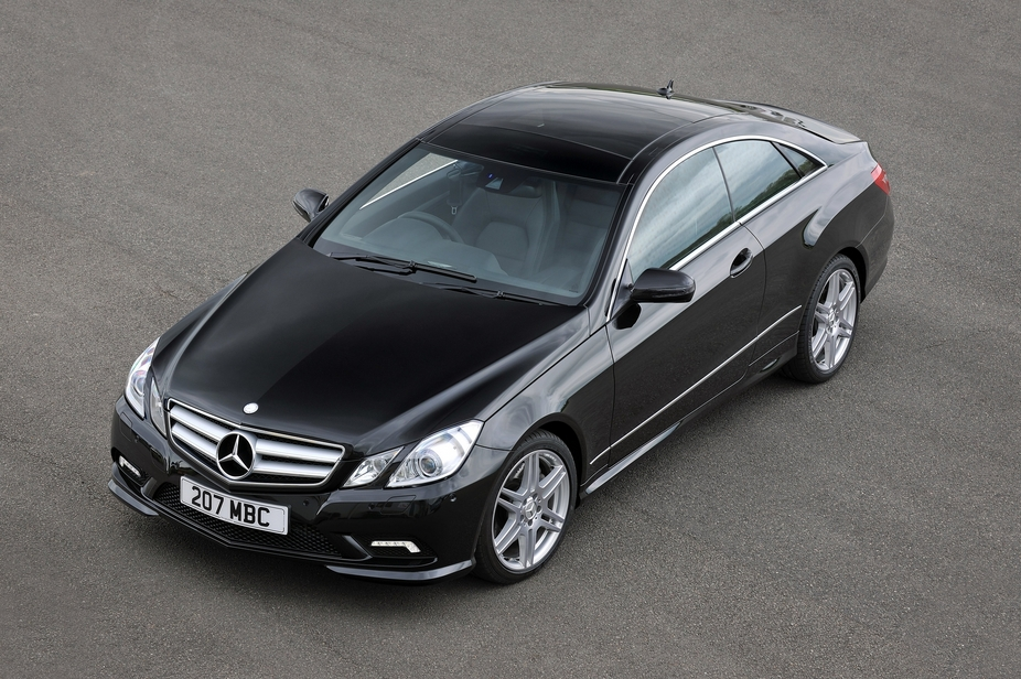 Mercedes-Benz E 250 BlueEfficiency Coupé Avantgarde :: 1 photo and ...