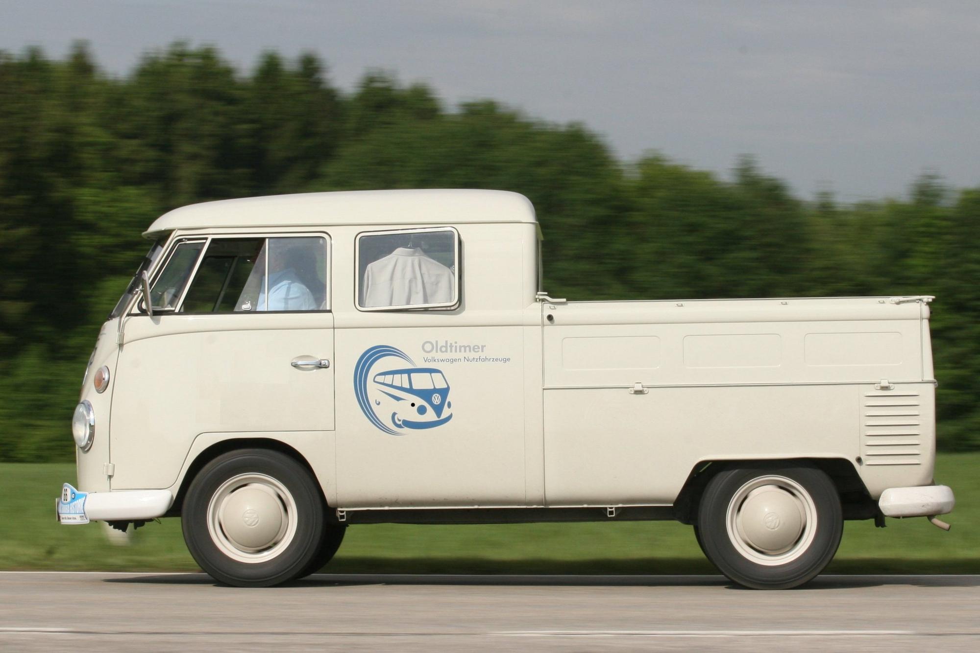 volkswagen t1 pick up double cabin slideshow. Black Bedroom Furniture Sets. Home Design Ideas