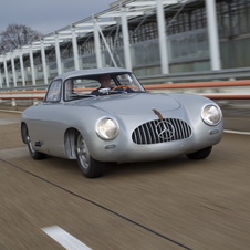 The 1952 W194 300SL was the original gullwing car