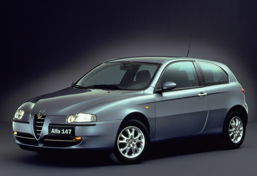 Alfa Romeo 147 1.6 Twin Spark Progressive :: 2 photos and 73 specs ...