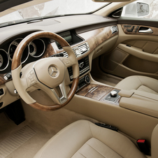 Detalhe do interior do CLS Shooting Brake