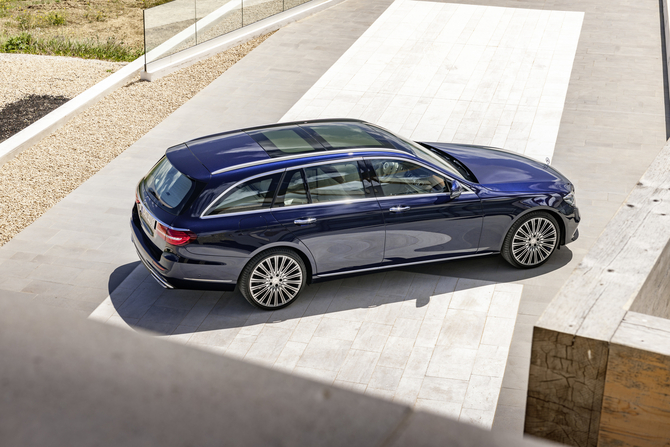 The first AMG version available with the new generation E-Class Estate will be the E 43 AMG 4Matic with 401hp