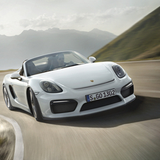 The new top model of the Boxster range maintains the distinctive character of its predecessor