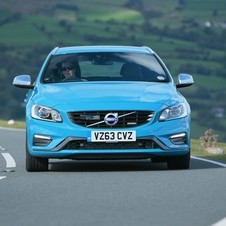 Volvo V60 D5 R-Design Summum