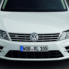 Among the larger changes is the new front bumper with larger air intakes and integrated fog lights