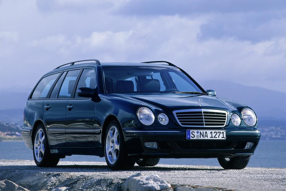 Mercedes benz e 200 kompressor station wagon 1 photo for 1999 mercedes benz wagon