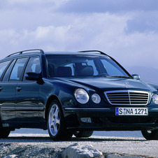 Mercedes-Benz E 200 Kompressor Station Wagon