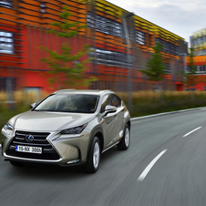 Lexus NX 300h Business FWD