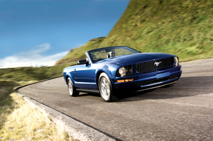 Ford Mustang V6 Convertible Automatic