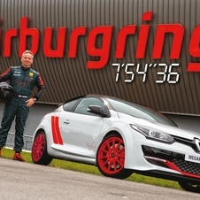 he fastest lap achieved by Laurent Hurgon with the Mégane Renaultsport 275 Trophy-R was of 7 minutes and 54.3 seconds