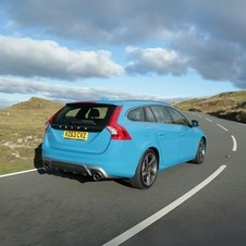 Volvo V60 D2 R-Design Summum Powershift