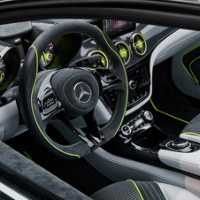 The interior is a mixture of leather, Alcantara and carbon fiber