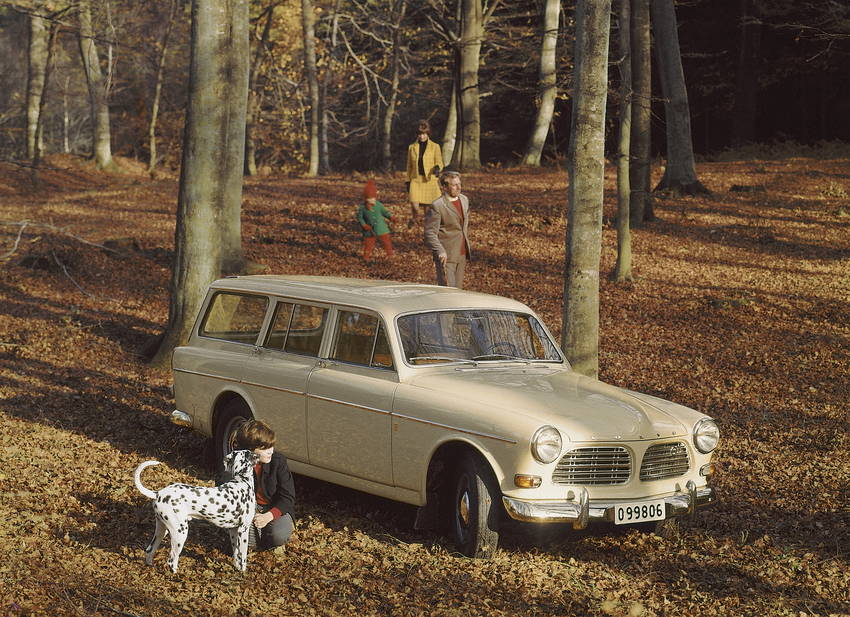 Volvo Amazon Estate Turns 50, the Last of the Old-Fashioned Volvos ...