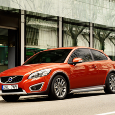 Volvo C30 D3 Momentum Geartronic