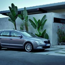 Skoda Superb Break 2.0I TDI 140 hp DSG Elegance