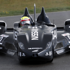 Nissan Deltawing Gets First Wet Test at Snetterton in UK