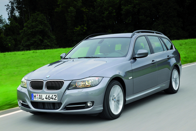 BMW 325i Touring Edition Lifestyle xDrive Automatic