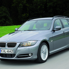 BMW 320i Touring Edition Exclusive
