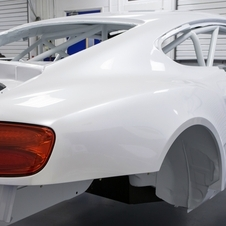 The car is lightened by 1,000kg compared to the production version