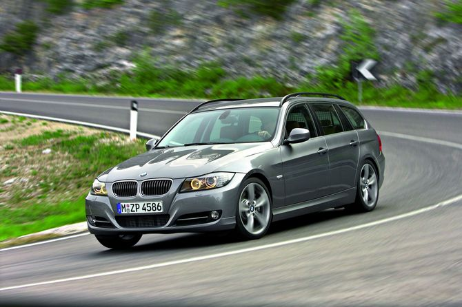BMW 325i Touring Edition Exclusive Automatic