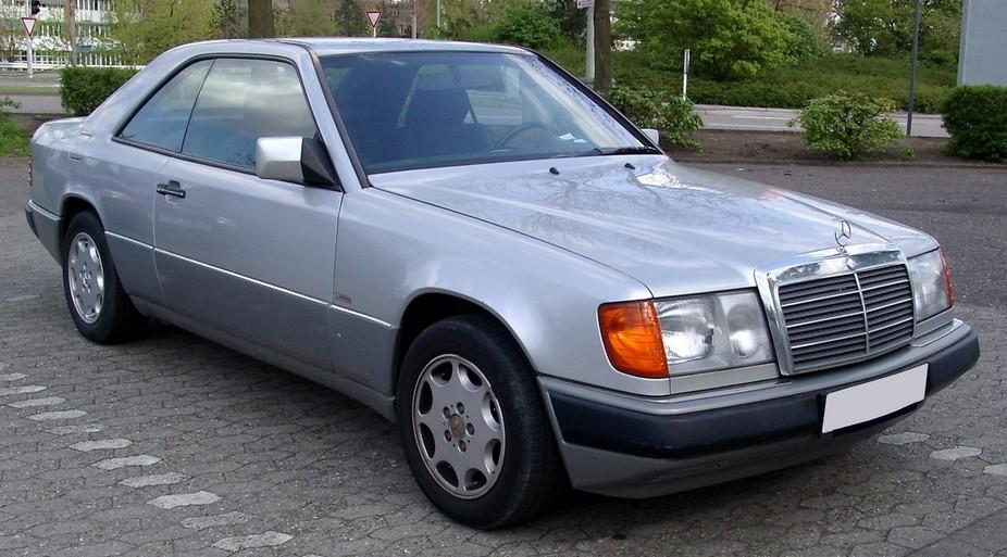Mercedes benz 320 ce 2 photos and 79 specs autoviva com