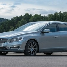 Volvo V60 1.6 T4 Summum Powershift